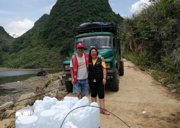 中国公益在线公益记录者协助广西天等县灾后重建