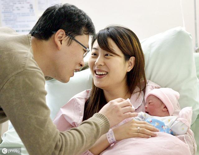 """順產分娩時,胎兒是什么""""感受""""?別害羞,男女都該知道"""