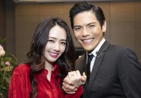 济缘命理:八字看向佐和郭碧婷婚姻合适么?