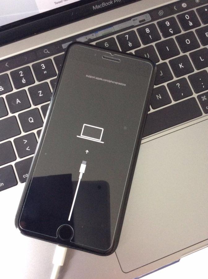 谍照显示iPhone 11或将采用USB-C数据充电口