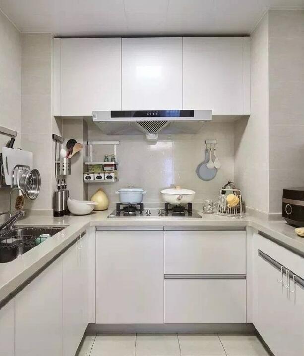 厨房安装油烟机高度多少合适?吸油烟机安装注意事项,了解一下!