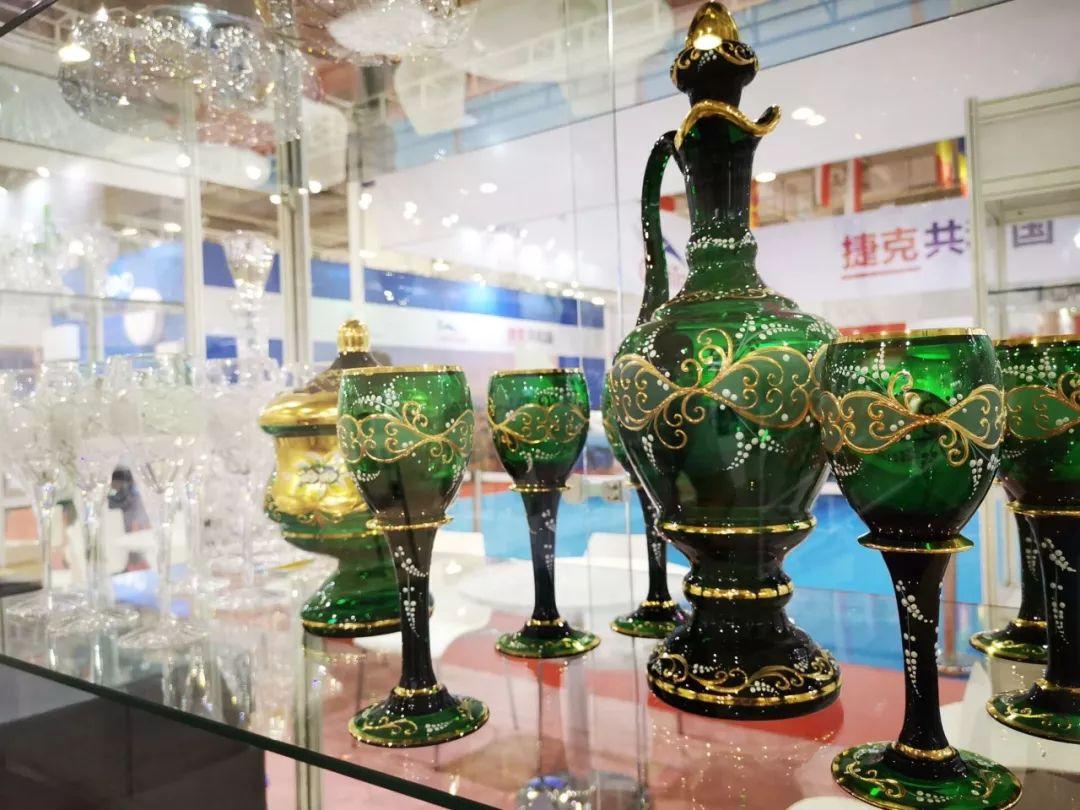 """副部级以上人数_中东欧博览会升格为国家级展会 27国商品在""""家""""轻松购_合作"""