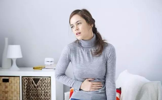 最近天气转凉很多人都因为胃不舒服进医院以胃胀不消化、慢性胃炎