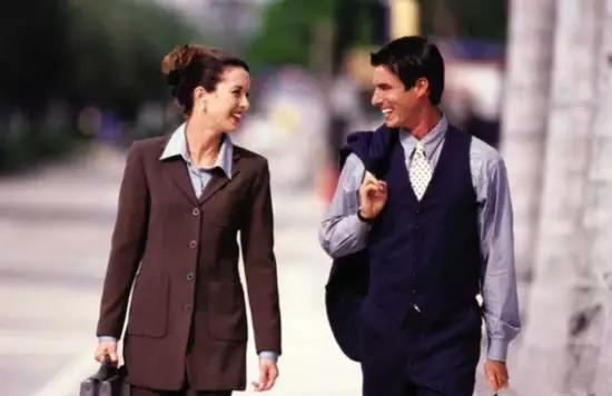 全新解读每个成功男人都必须具备的10大奢侈品及潜质!