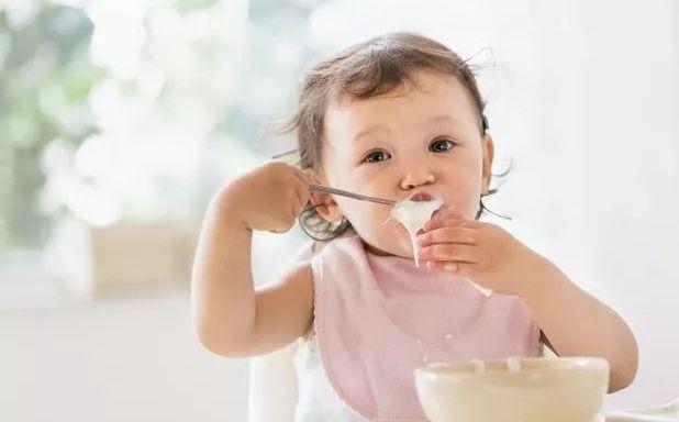 原創             寶寶5個表示提醒寶寶須要補鋅了 ,這些缺鋅題目,家長髮現了嗎?
