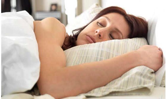 原創             孕期睡覺總是翻來翻往,輕易對寶寶發生這3種影響,孕媽要知道