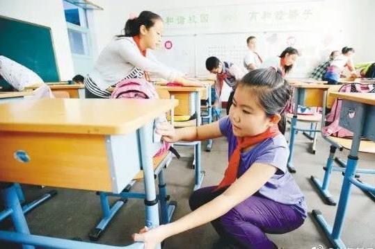 国内小学生平均每天劳动时间仅为12分钟,美国有1.2小时