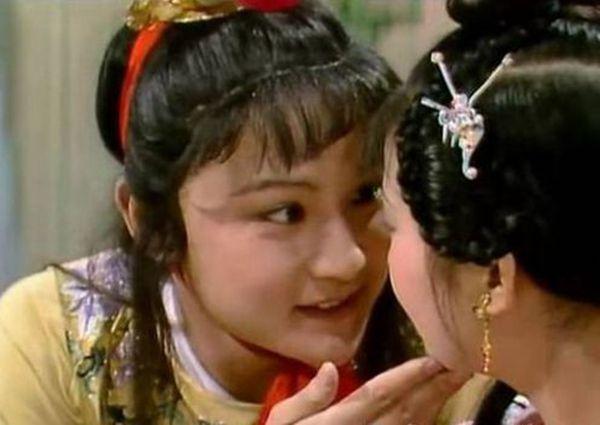紅樓夢:賈寶玉撩妹指南,果然是多情公子