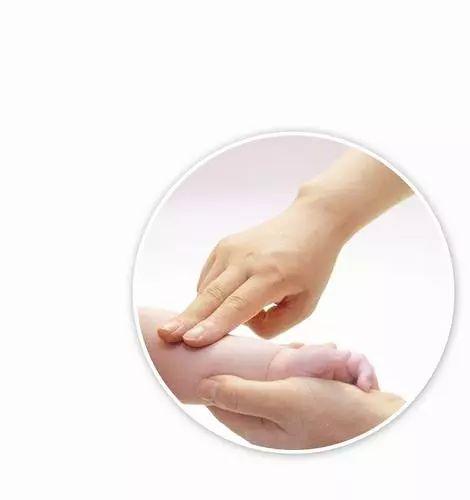 小兒推拿:寶寶經常生病,卻又不想給寶寶打針吃藥怎么辦?