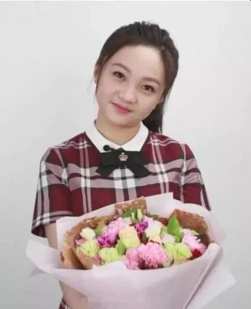 9岁因美貌成人生赢家,20岁却沦为普通人,她会成为第二个杨紫吗