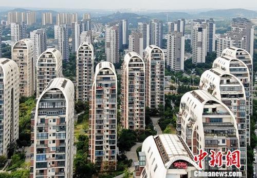 """活跃市场_中国土地市场?#20013;?#27963;跃 50城""""卖地""""收入同比涨13.2%"""