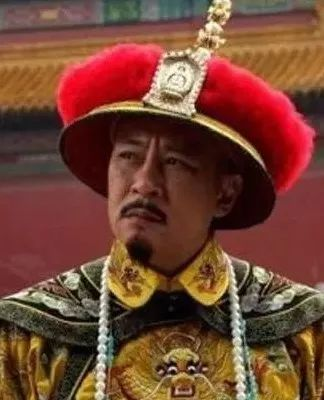 清朝这位皇帝,为何每次散朝都让大臣先走?