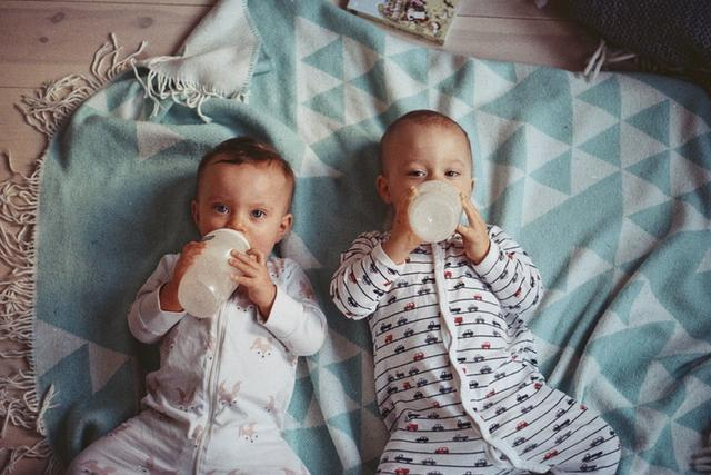 孩子喝奶粉应该注意的事项有哪些?