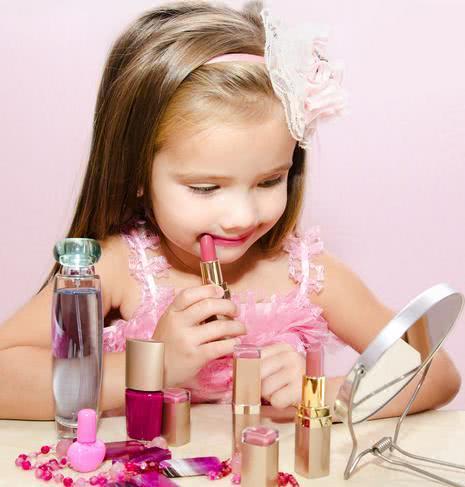 经常使用性玩具_十个月的宝宝居然铅中毒 你是否也给孩子玩这种玩具_苗苗