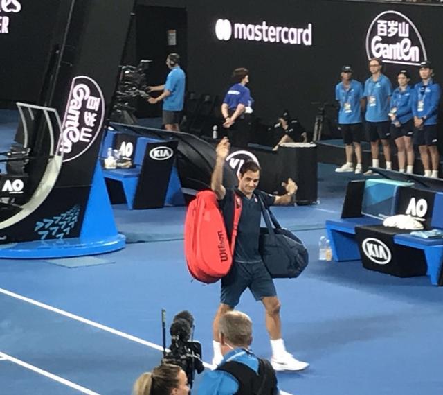 百岁山助力两位华夏选手进展澳网32强再创史乘