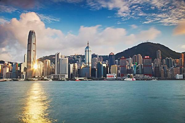 《香港贵金属交易平台的选择要素有哪些?》