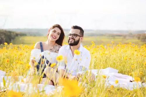 结婚要慢,离婚要快,很多人都过反了