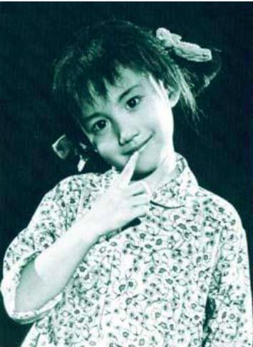 《极限挑战第五季》明星们的童年照,王迅:好零件都被姐姐拿走了
