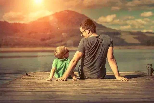 父親節:我拼命發芽,你白了頭發
