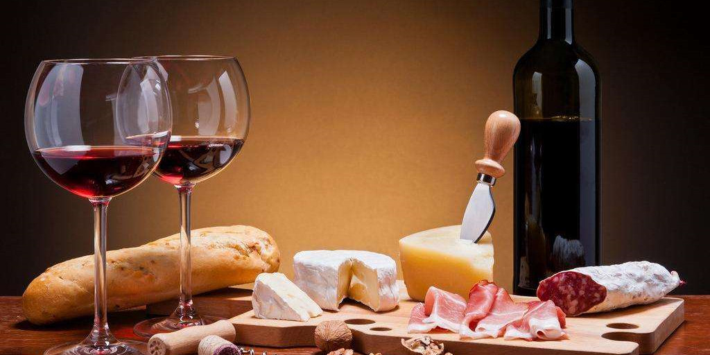 食话食说 | 喝红酒真的可以软化血管吗?