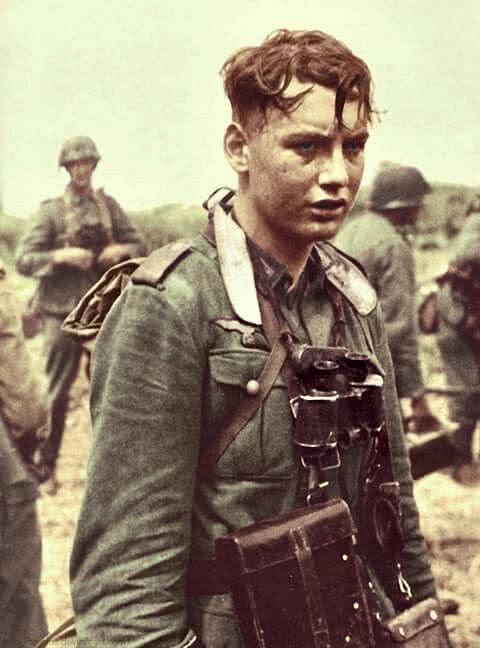 二战最经典的战俘照:这个哭泣的16岁德国兵后来怎样?_德国新闻_德国中文网