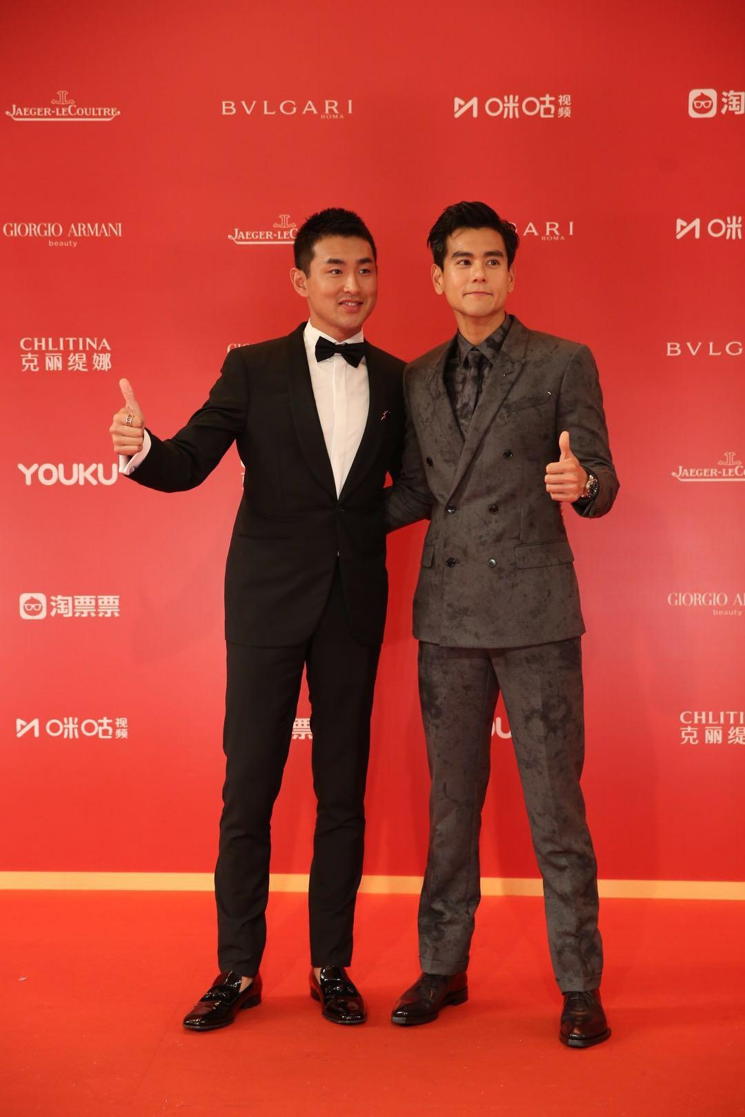 王彦霖出席上海电影节,一身西服尽显绅士儒雅!