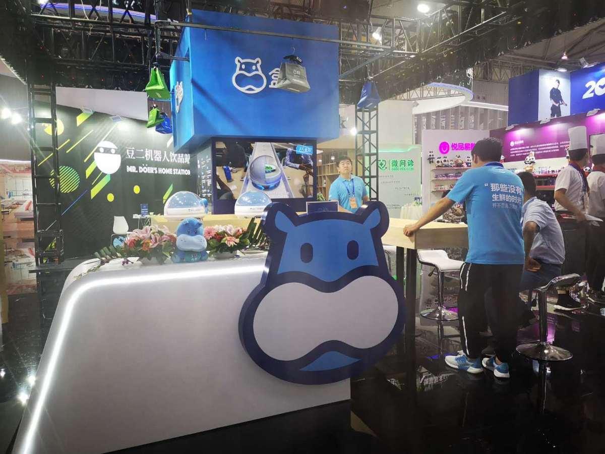 盒马送餐机器人 京东无人超市 互联网大厂引领新零售无人化风潮