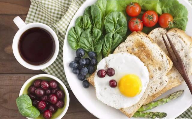 每天吃1个鸡蛋,一段时间后,这4个意外惊喜会出现