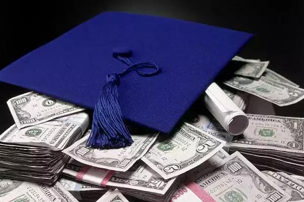 美国本科留学 一年得花多少钱