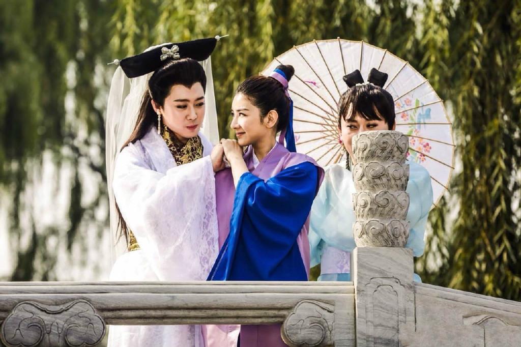 搭档爱笑兄弟,黄奕再演许仙白娘子,毁的不是经典是自己