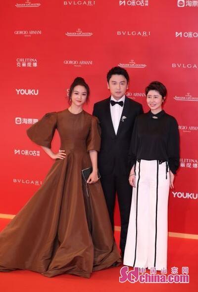 雷佳音携《吹哨人》亮相上海电影节