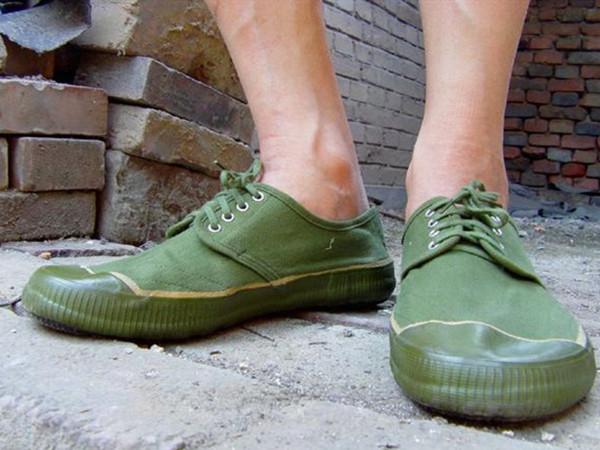 美国最贵的中国鞋,比耐克 阿迪还贵,美国人 贵到怀疑人生
