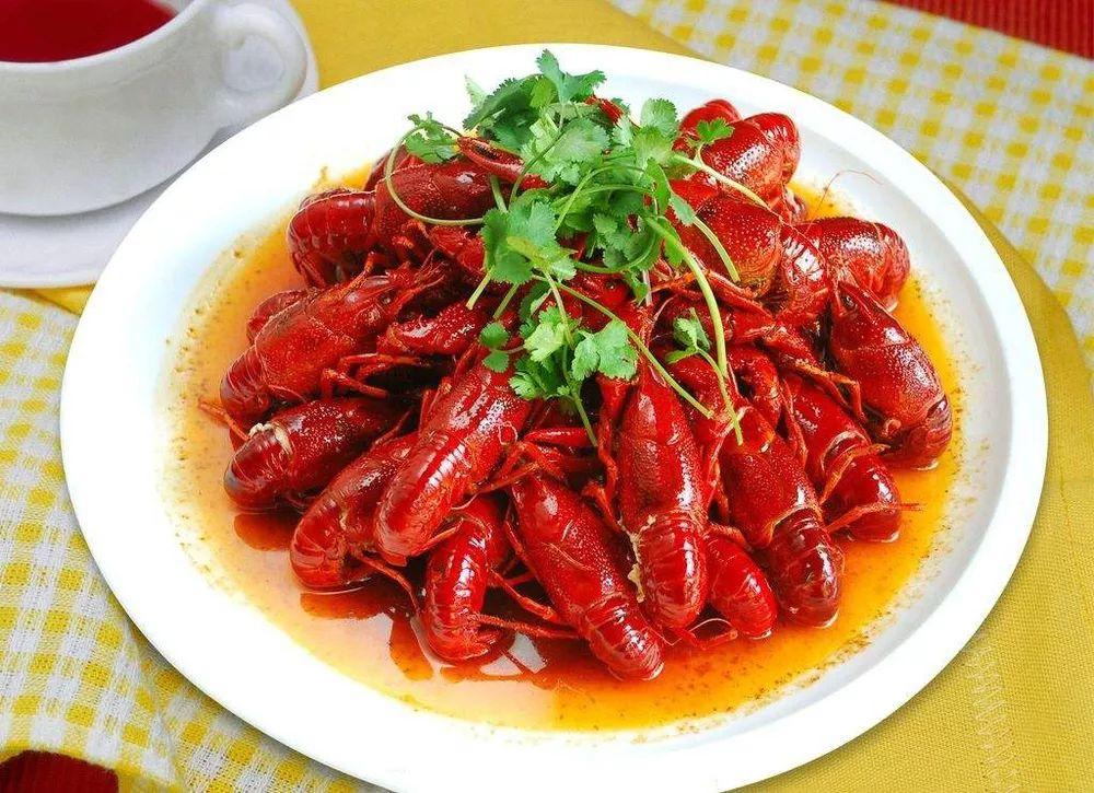 南充人,团结起来把小龙虾吃成保护动物
