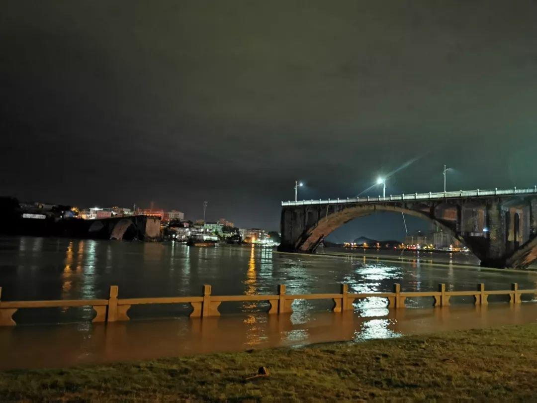 公告:河源东江大桥将全面拆