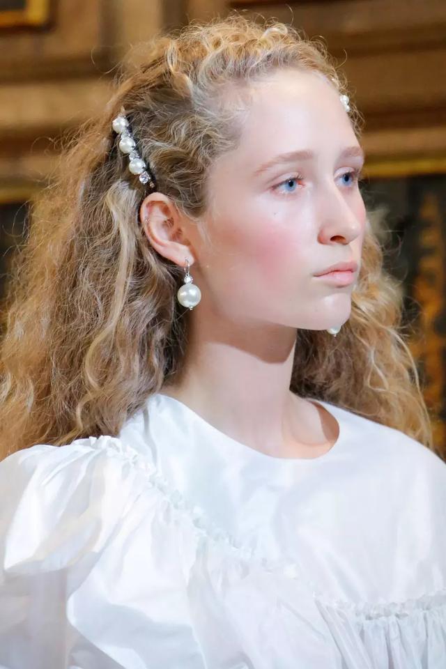 巴洛克珍珠的「缺陷美」竟让全球网红博主欲罢不能
