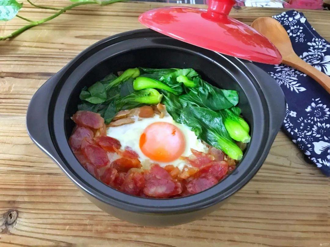 老人常用砂锅烧菜 食材更易被消化
