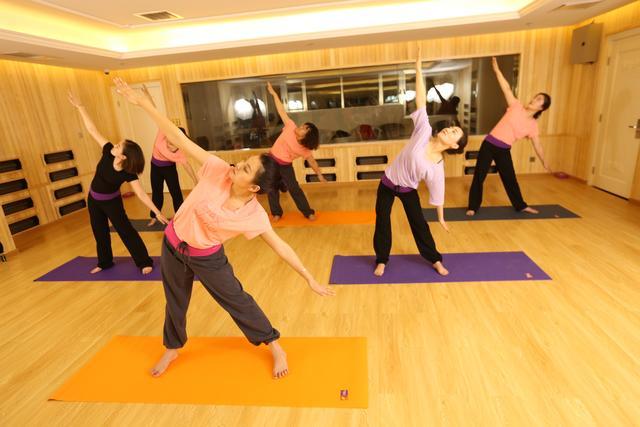 坐月子期間可以做的一些運動