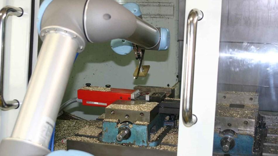 36V直流永磁电机,优傲机械臂重振美国制造业_机器人