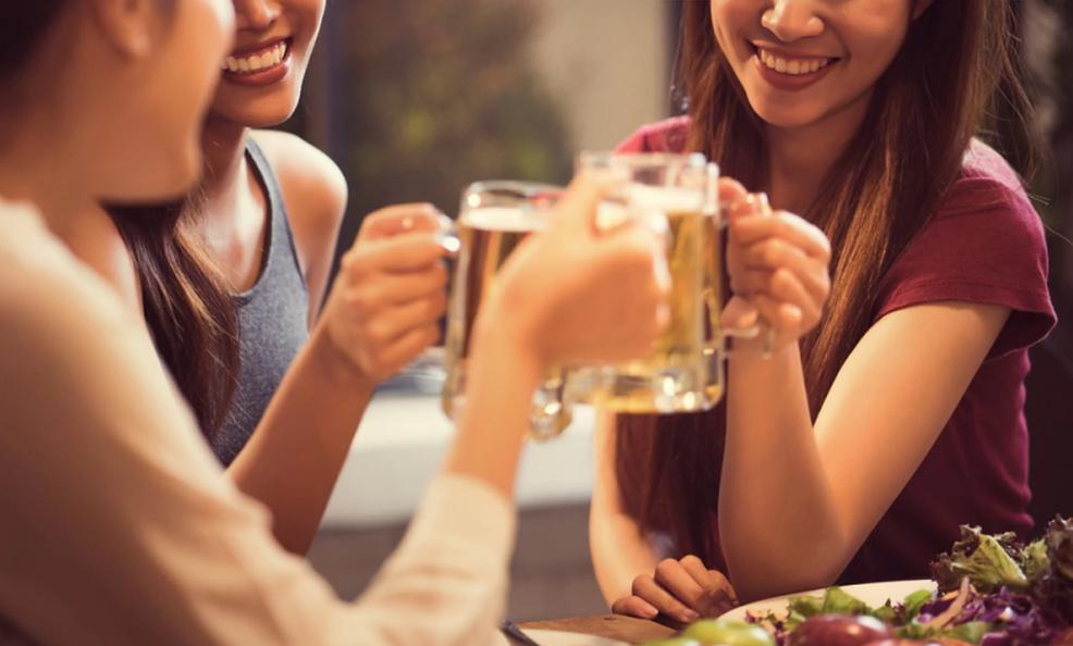 搜狐科学 | 一瓶酒=十支烟,饮酒会增加女性乳腺癌风险