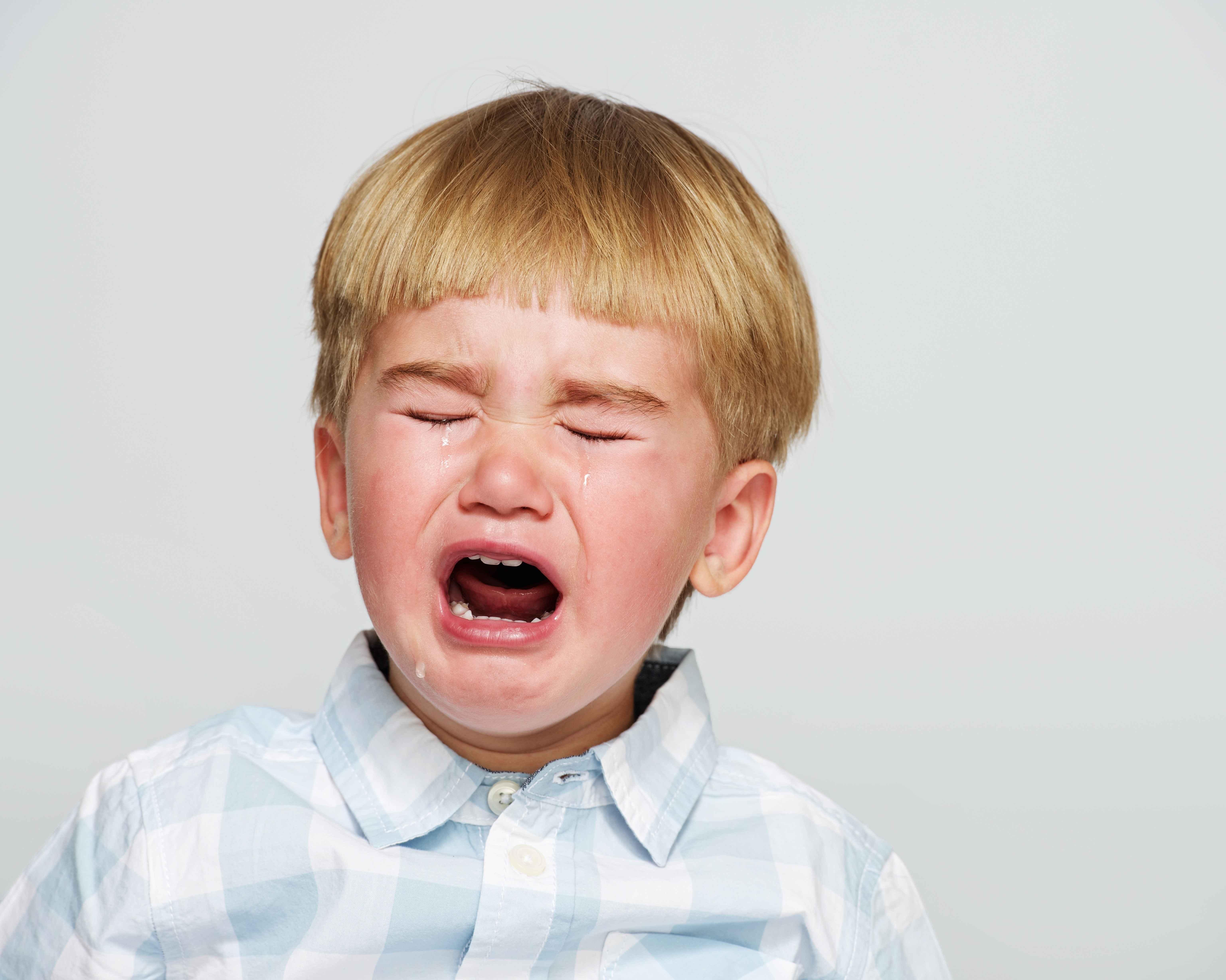 耳前瘘管不能乱挤:为什么宝宝耳朵旁边有个小洞?