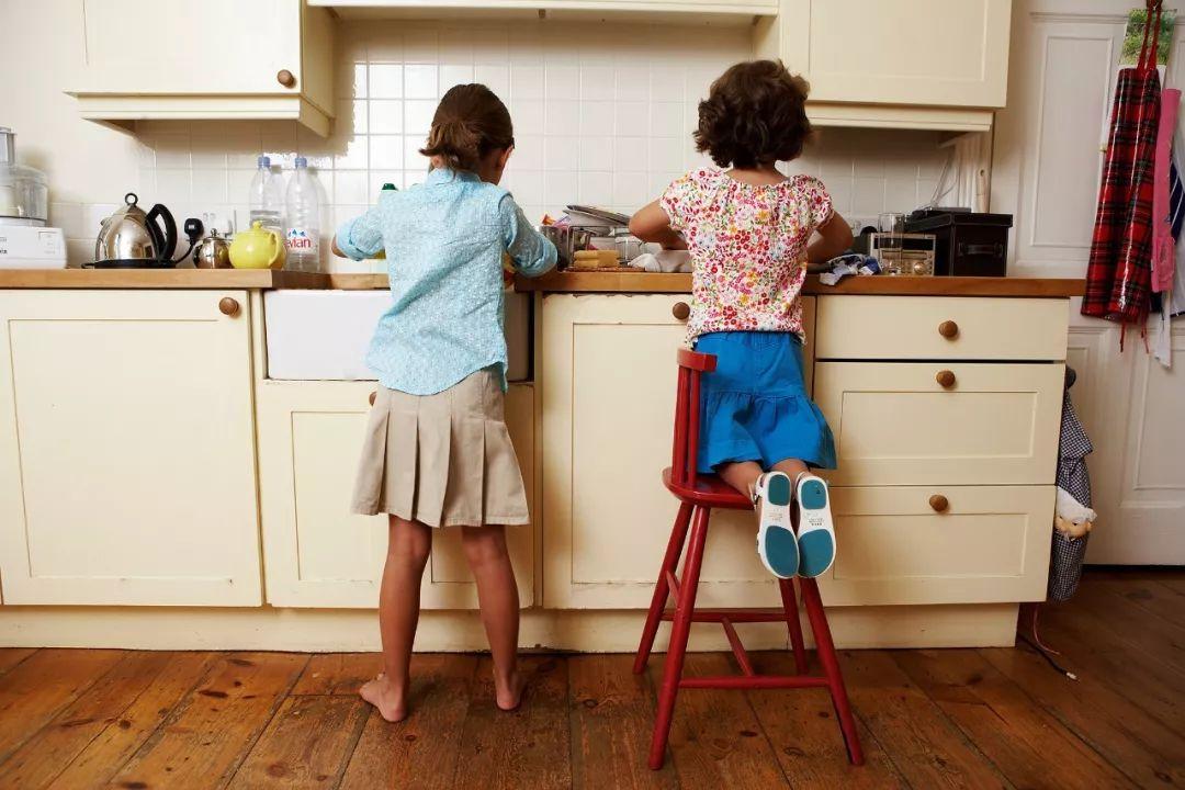 【第117期:如何培养孩子做家务的能力?】 做家务培养孩子什么