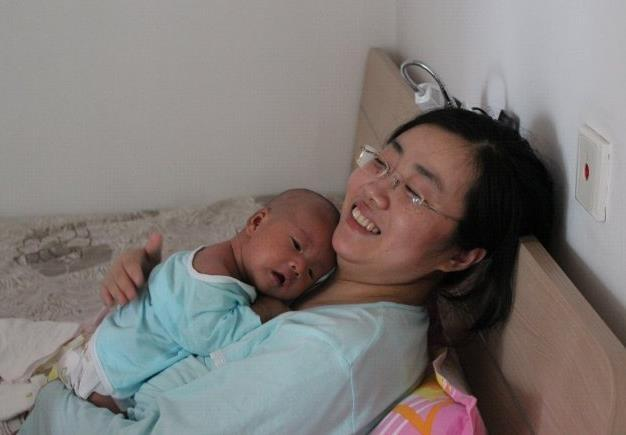 [为什么很多宝妈带娃那么累?若你太在意这三件事,自然会很累]带娃有多累