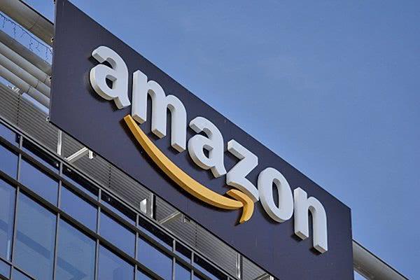商业兴趣多样化 亚马逊斥资200亿美元进行过这十大收购_Zappos