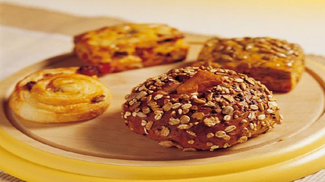 [国内最好吃的五大糕点,你吃过几种?赌十斤辣条,你最多吃过两种] 哪里的糕点最好吃