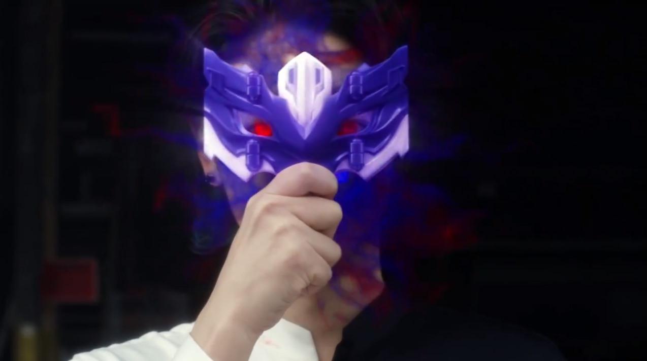 日本超级色的邪恶漫画_邪恶奥特曼:托雷基亚变身过程提前曝光,用眼镜变身竟然酷似赛罗