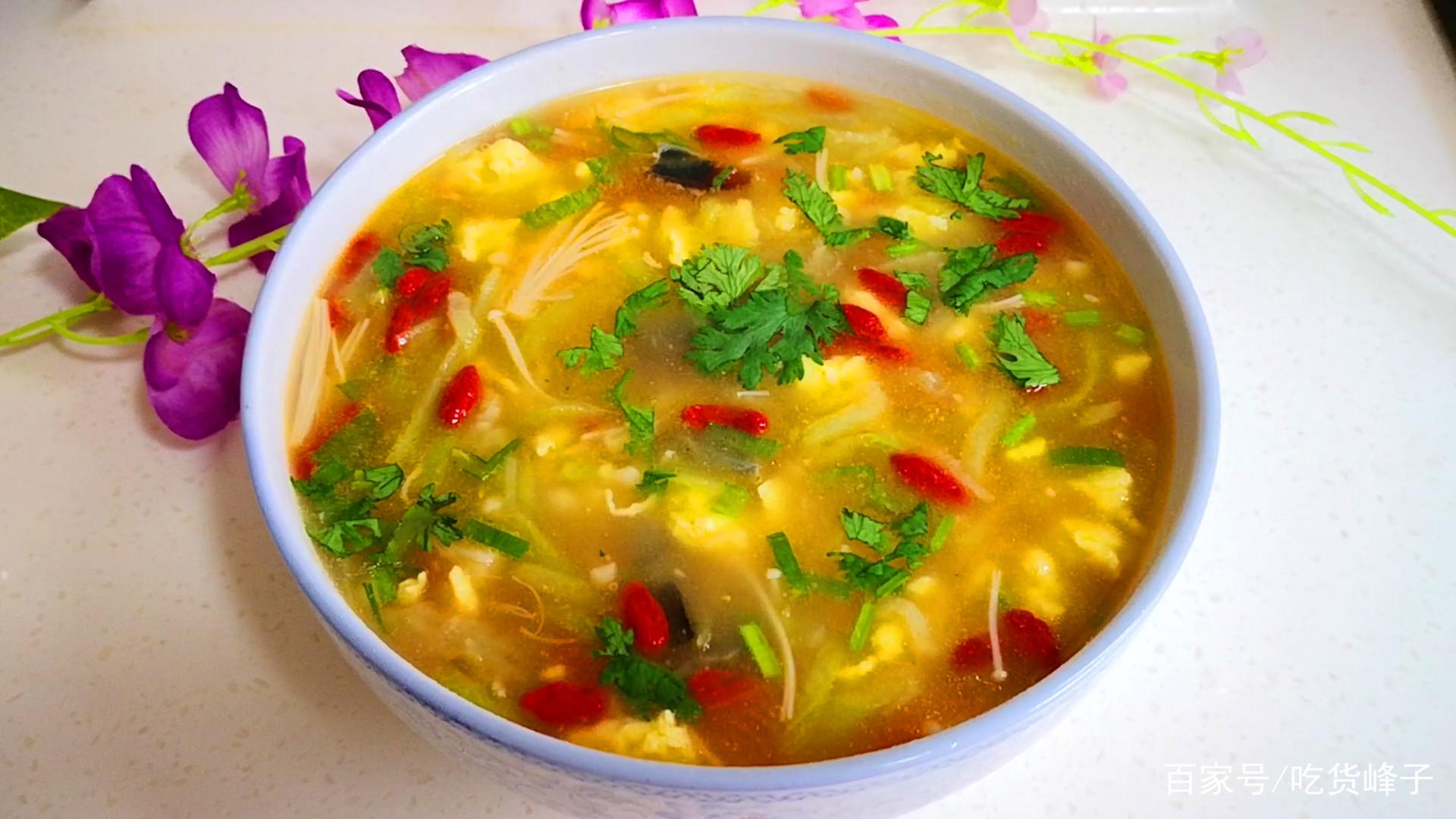 夏天,就爱用它做汤,鲜美开胃不油腻,比海鲜汤更鲜更好喝_鲜美的汤