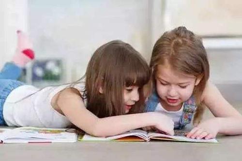0-3岁宝宝的阅读训练怎么做,家长首先要抛弃这种错误观念