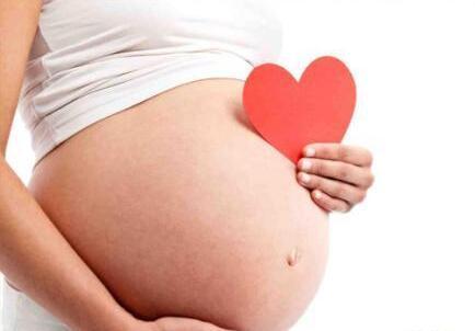 抗硬 怀孕撞上发烧?硬抗到底还是积极治疗?听听医生怎么说