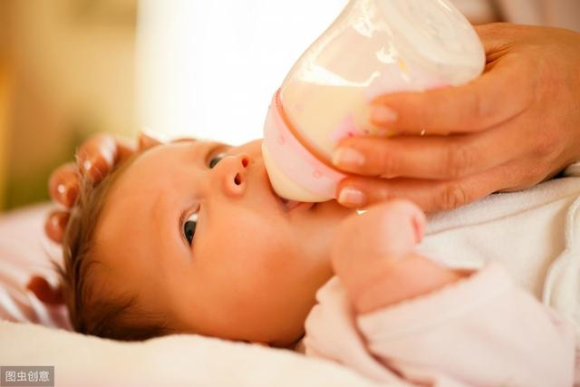 宝宝到了一定的月龄后,如果还继续吃夜奶,会影响宝宝的成长