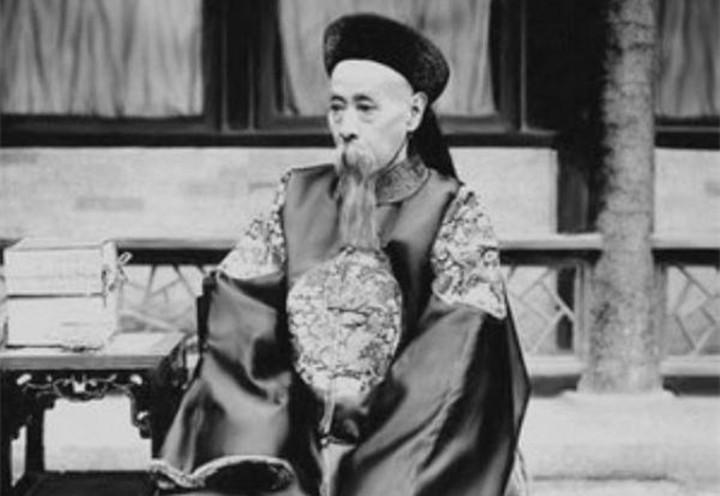 清朝这个铁帽子王命太长:从鸦片战争活到了清朝灭亡